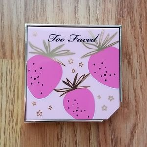 Too Faced Fruit Cocktail Blush Duos - Strobeberry